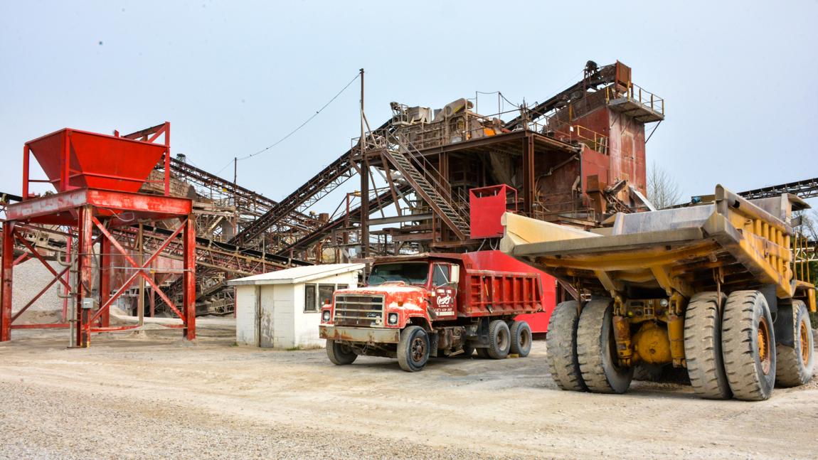 equipment at Columbus Quarry