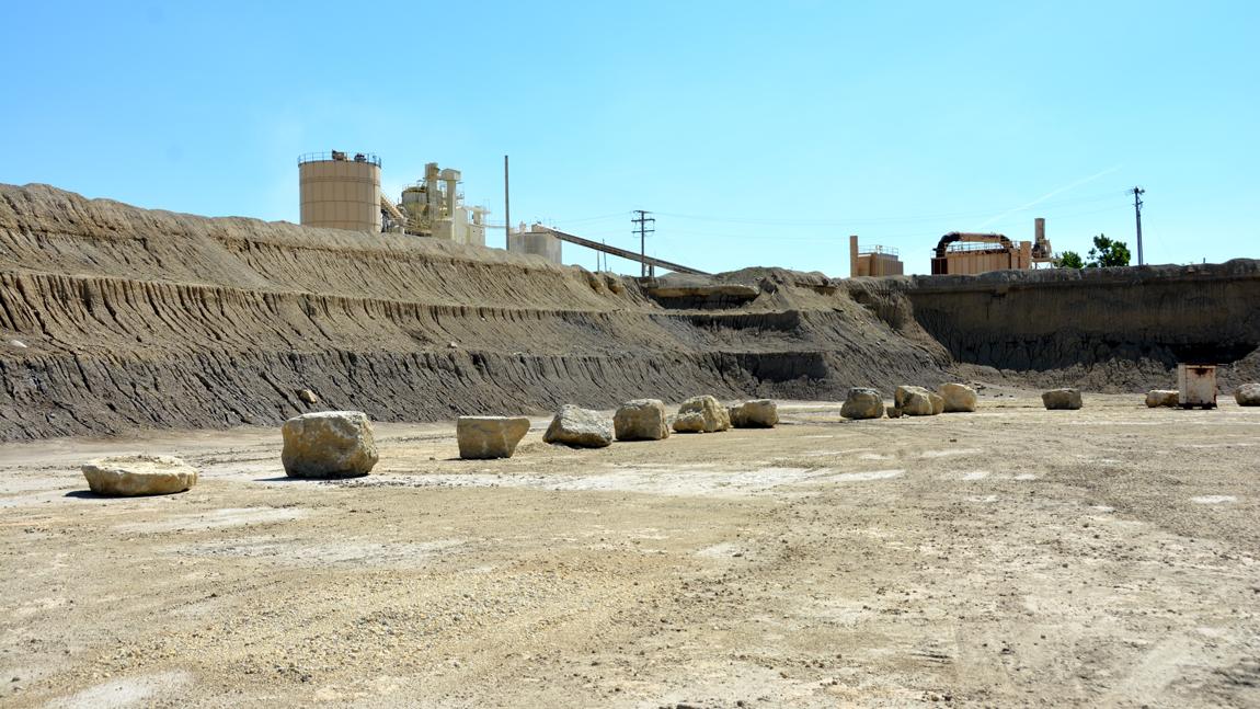 Shows the Portland stone quarry