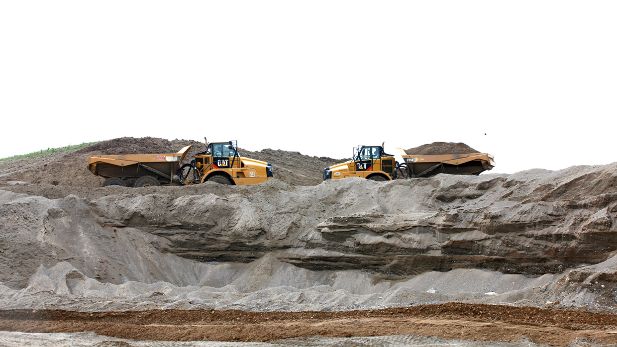 shows what the richmond sand and gravel plant looks like