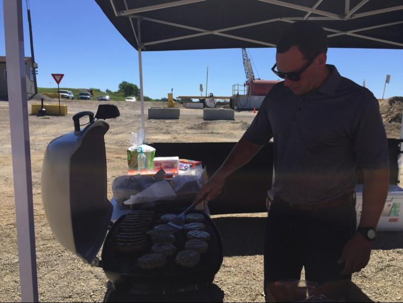 thorntown customer appreciation day, making burgers