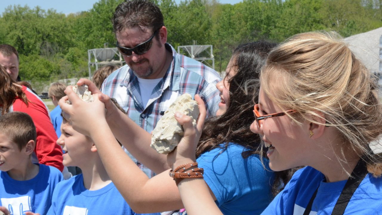 delphi school visit looking at rocks